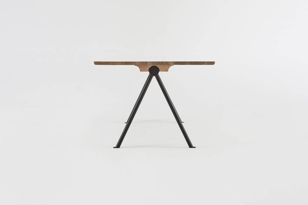 TARMAK table
