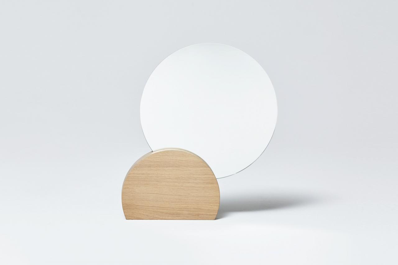 LUNA table mirror